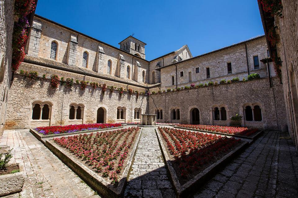10 cose da vedere nel Basso Lazio, Abbazia di Casamari